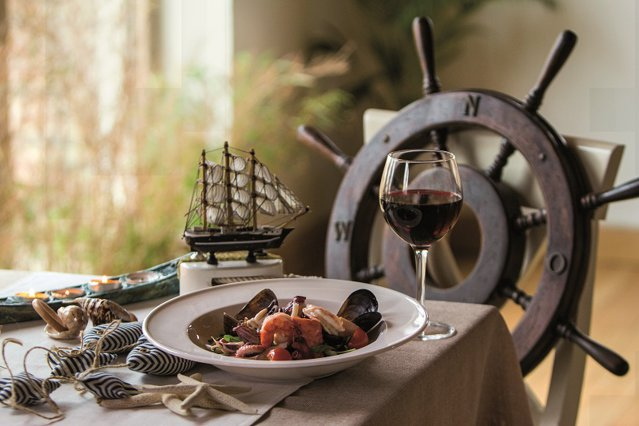 Au investit într-o nişă care acum câştigă tot mai mulţi adepţi: Care este povestea unora dintre cele mai cunoscute restaurante cu specific pescăresc din Bucureşti? Galerie Foto