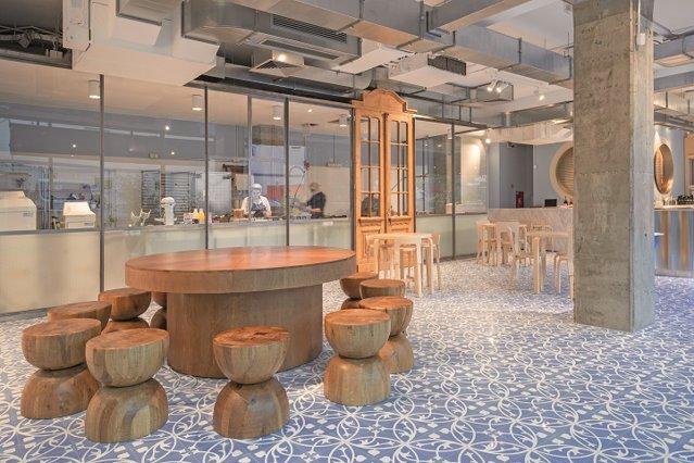 Cei care îndulcesc Bucureştiul sau cum s-au decis doi antreprenori să reinventeze savarina la Liberté, cea mai nouă cofetărie-concept din oraş