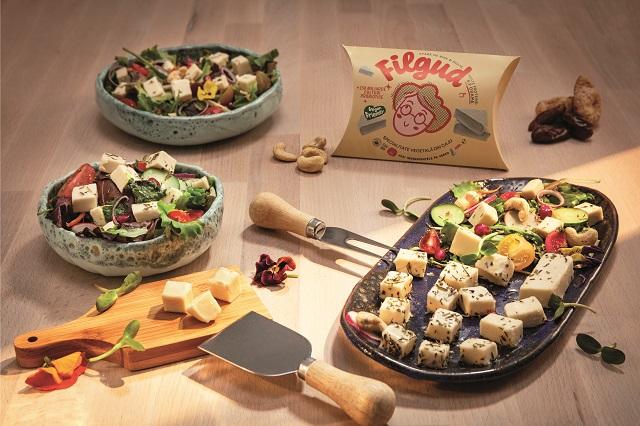 """Brânzeturile şi lactatele vegane sunt o nişă care se extinde tot mai mult - şi ca paletă de produse, dar şi ca număr de """"adepţi"""". Poate fi mâncarea şi vegană, şi gustoasă în acelaşi timp?"""