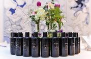Care sunt paşii pentru realizarea unui parfum personalizat: Clientul trebuie să se pregătească olfactiv pentru a descoperi esenţe rare şi ingrediente unice