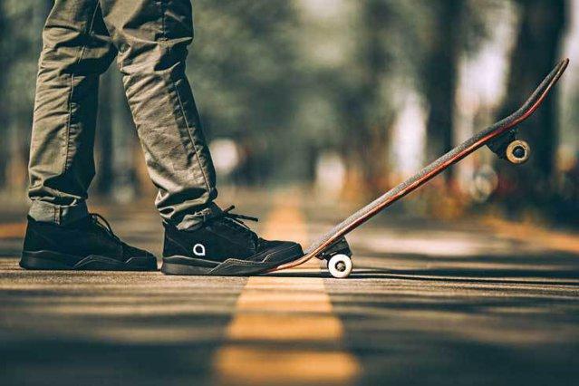 Povestea Danube Footwear, primul brand românesc de skate shoes, după cum susţin cei doi fondatori: Totul a început ca un proiect pentru facultate. Facultatea de Design de Produs din Marea Britanie