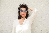 Din vorbă-n vorbă cu… Roxana Marcu, fondatoarea sunglasscurator.com: despre Nutella, artă şi studii
