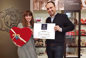 În urmă cu un secol, grecul Leonidas a pus bazele brandului de ciocolată belgiană cu acelaşi nume, inspirat de jumătatea sa. Cine este muza care îl inspiră astăzi pe antreprenorul Ion Codreanu, care conduce businessul Leonidas în România?