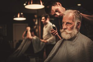 Cum a devenit salonul de bărbierit refugiu 100% masculin: Încercăm să avem un man cave adevărat. Ca tendinţă, încep să se poarte bărbile mai mici, nu cele de lumberjack, care erau la modă acum un an