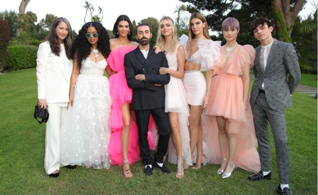 H & M anunţă o nouă colecţie de designer. Suedezii se vor asocia cu creatorul de modă italian Giambattista Valli