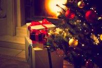 Se apropie Crăciunul şi i-am întrebat pe oamenii de afaceri ce cadouri le-au rămas în minte ani la rând. Ce-am aflat?