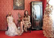"""Din vorbă-n vorbă cu avocata Oana Livia Badea, despre lume şi viaţă şi despre cel mai recent pariu antreprenorial, galeria de modă Bitolia Gallery: """"Moda este o pasiune mai veche, bunicul său a fost croitorul-şef de la Operetă"""""""