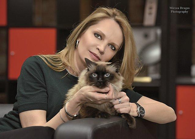 Despre stilul de manager la feminin şi viaţa de după afaceri: Din vorbă-n vorbă cu Manuela Necula, CEO al Ogilvy Group România, despre lume şi viaţă