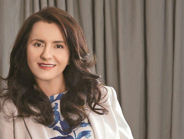Despre stilul de manager la feminin şi viaţa de după afaceri: Din vorbă-n vorbă cu Veronica Savanciuc, preşedinte şi CEO Lowe Group, despre lume şi viaţă