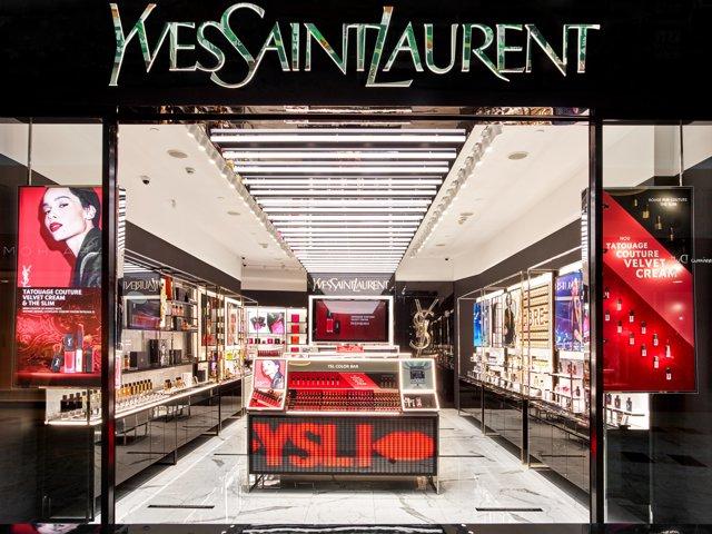L'Oréal a deschis primul magazin YSL din România în mallul Băneasa Shopping City din Bucureşti