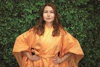 Care este povestea antreprenoarei care a transformat tradiţionalul kimono într-o piesă urbană: Am vrut o formă fluidă, dar să păstrez liniile tradiţionale. Acum suntem în discuţii cu boutique-uri renumite la nivel internaţional