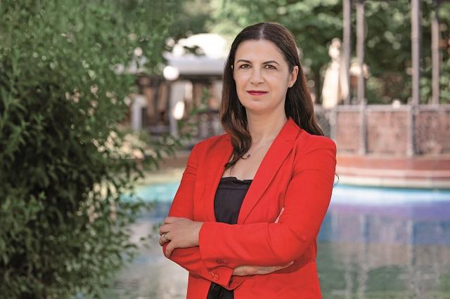 Din vorbă-n vorbă cu… Oana Diaconescu, head of leasing la Iulius Group, despre experimente gastronomice şi băi de mulţime