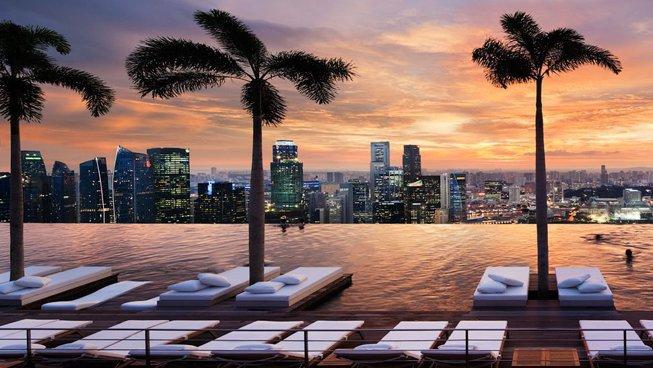 Reportaj DA Premium: Cum se vede Singapore din piscina infinită de la etajul 57 al celui mai spectaculos hotel din oraş? Galerie Foto