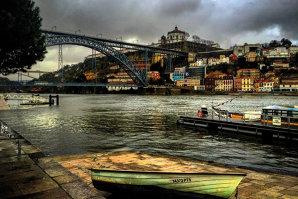 Reportaj DA Premium: Incursiune în paradis sau ce trebuie să faci în Portugalia, ţara vinurilor de peste 100 de ani, a plajelor pustii şi a muzicii fado. Galerie Foto