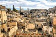 Puglia este un fel de rudă săracă şi necunoscută a mult mai celebrei Roma. Dar nu lipsită de frumuseţea demnă de Italia. Un fel de răţuşca cea urâtă, dar cu potenţial de lebădă