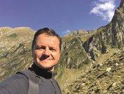 """Omul de afaceri Ştefan Vuza este cunoscut prin prisma businessurilor sale grupate sub umbrela Serviciile Comerciale Române, dar dincolo de afaceri el este pasionat de călătorii, lego, sport şi alpinism. """"Am al doilea cel mai mare oraş Lego din lume, după un chinez care este în cartea recordurilor"""""""