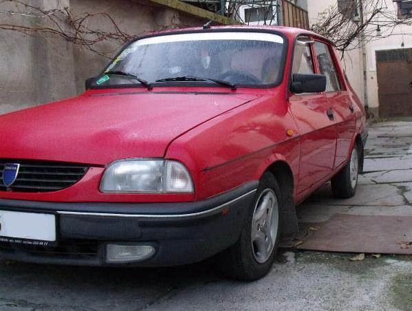 Trei români participă cu o Dacia 1310 la un raliu umanitar până în Mongolia