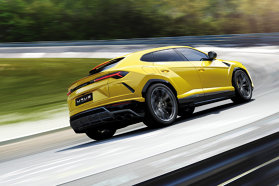 Modelul Urus al Lamborghini creează o nouă nişă în segmentul de lux, prin combinaţia de putere extraordinară, dinamică sporită la condus, design sportiv, interior luxos şi caracter practic