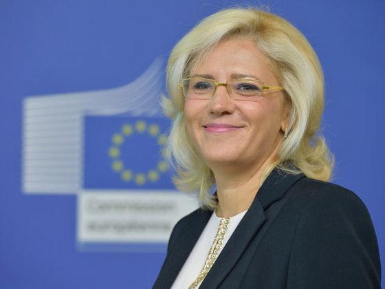 Imaginea articolului Comisarul Corina Creţu, APEL la Ministerul Transporturilor să depună proiecte mature pentru finanţare europeană/ Critici faţă de întârzierea construirii spitalelor regionale