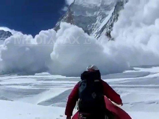Imaginea articolului Risc maxim de producere a avalanşelor în Munţii Făgăraş. Aproape 3 metri stratul de zăpadă la Bâlea