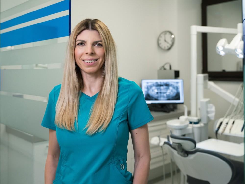 Medic stomatolog specializat în Ortodonţie, Denisa Zaharia, anunţă efectele fenomenului mondial Zoom Boom în Stomatologia din România