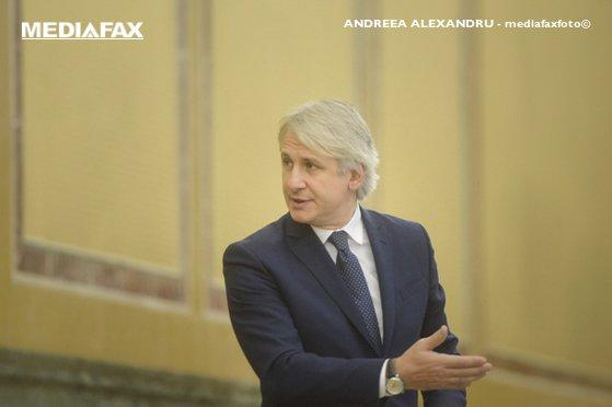 Imaginea articolului Eugen Teodorovici: Amânarea rectificării bugetare are efecte negative pe salarii şi investiţii/  Ministrul cere desecretizarea stenogramei din şedinţa CSAT
