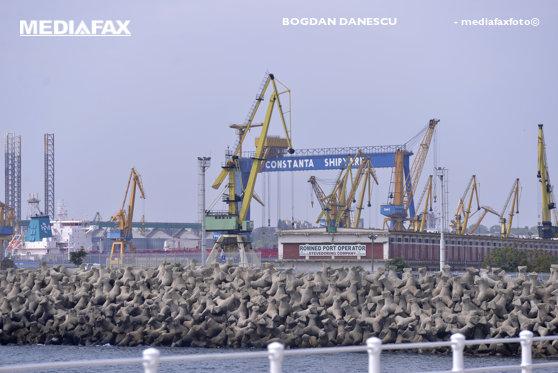 Imaginea articolului  Evaziune fiscală la malul mării: Prejudiciu de trei milioane de euro, în urma infracţiunilor din porturile maritime