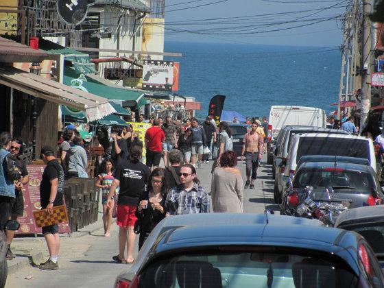 Imaginea articolului Noi nereguli pe litoral: Sute de comercianşi au fost sancţionaţi de Protecţia Consumatorilor