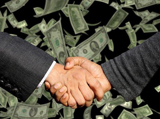Imaginea articolului O bancă celebră îşi împrumută proprii angajaţi ca să îi facă mai responsabili. Suma este enormă: 20 de miliarde de dolari