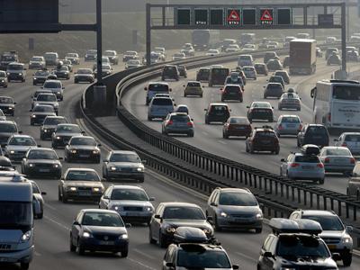 Imaginea articolului Danemarca cere interzicerea maşinilor diesel şi pe benzină în Uniunea Europeană, până în 2040. Alte 10 state susţin propunerea