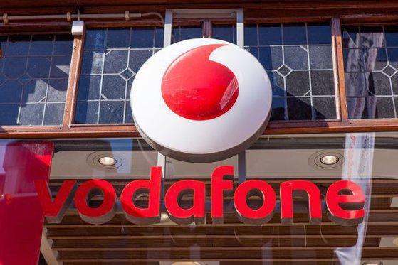 Imaginea articolului Vodafone, al doilea operator de telefonie mobilă din lume, va închide peste 1.000 de magazine din ţări europene