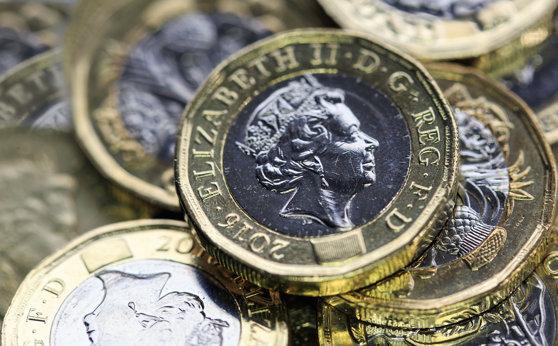 Imaginea articolului Lira sterlină urcă peste 1,30 dolari, pe fondul negocierilor lui Boris Johnson cu privire la Brexit