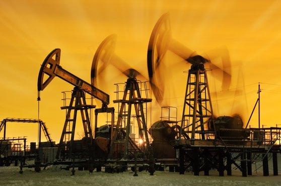 Imaginea articolului Pieţele financiare au resimţit şocul atacului iranian asupra bazelor americane din Irak: Preţul petrolului, la cel mai înalt nivel din ultimele luni