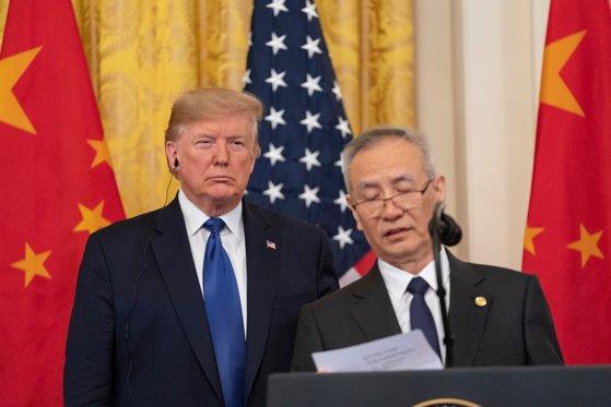 Imaginea articolului Analiză: De ce acordul comercial SUA - China nu va opri războiul comercial mondial