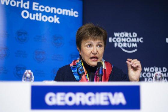 Imaginea articolului FMI: Coronavirusul alungă speranţele pentru o creştere economică solidă în 2020