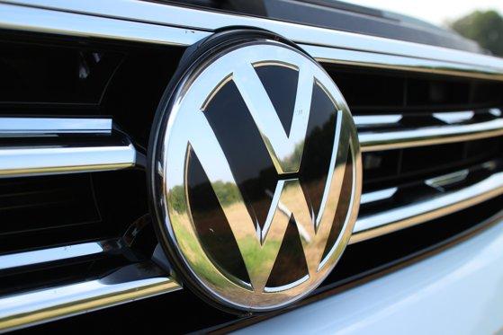 Imaginea articolului Volkswagen îşi suspendă producţia în Rusia