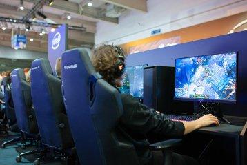 """Cutremur în piaţa jocurilor video. Acţiunile companiei care deţine Riot Games s-au prăbuşit după ce presa chineză de stat a numit jocurile video """"droguri electronice"""""""