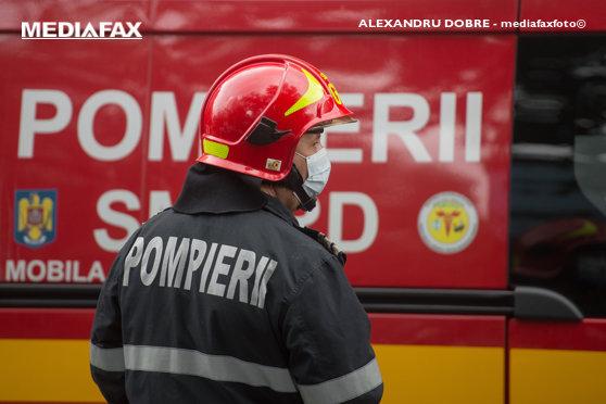 Incendiu la o mănăstire din Constanţa. Pompierii locali au cerut întăriri din alte două judeţe