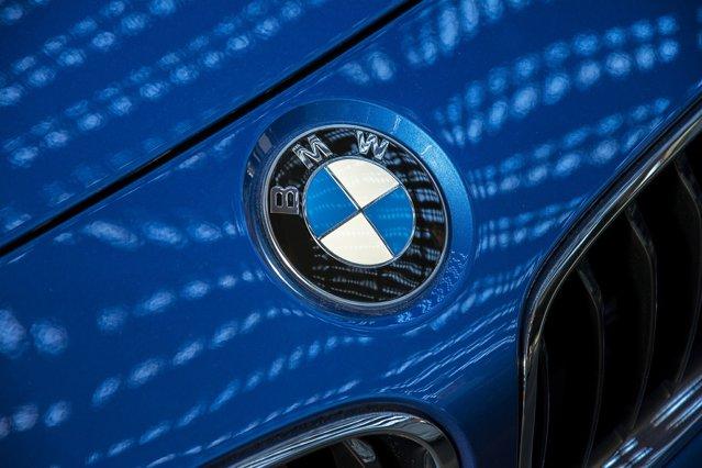 Principala fabrică BMW nu va mai produce maşini poluante în maxim 4 ani. La München vor fi produse doar modele electrice|EpicNews