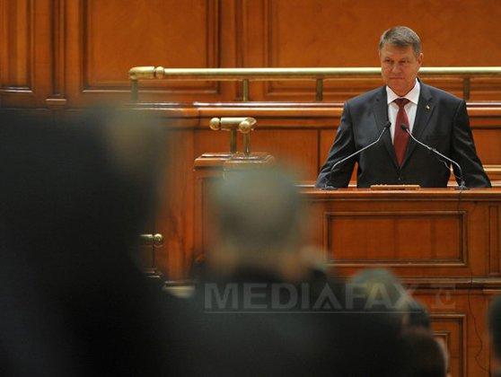 Imaginea articolului Klaus Iohannis şi Parlamentul, ping-pong cu legile adoptate. Actele normative trimise de preşedinte la reexaminare/ Câte legi au fost contestate de şeful statului la CCR