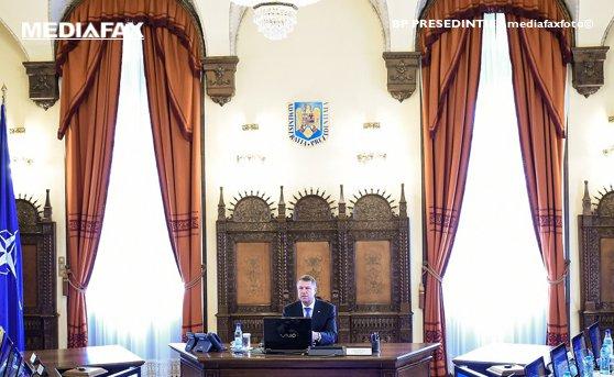 Imaginea articolului Lideri PSD: Prin amânarea CSAT, Iohannis întârzie banii pentru mame şi pensionari!