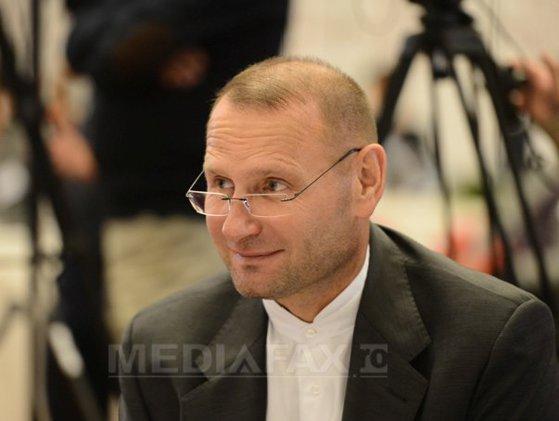 Imaginea articolului Liberalul Viorel Cataramă îl atacă pe Klaus Iohannis: A tratat PNL ca pe o rudă săracă