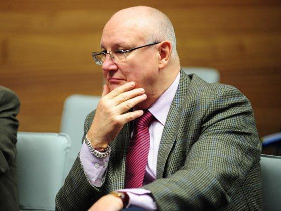 Imaginea articolului Ioan Mircea Paşcu, vicepreşedinte al PE: Românii nu se pot apăra în Parlamentul European. Prezumţia de nevinovăţie nu există