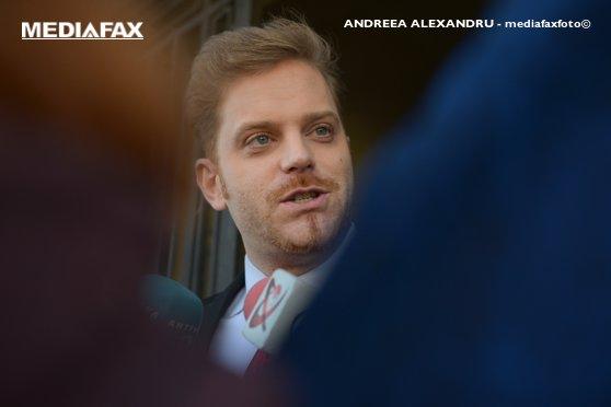 Imaginea articolului Laufer, refuzat de preşedinte, îl acuză pe Iohannis de antisemitism: Voi face plângere la CNCD. Vrea ca România să aibă relaţii doar cu Germania/ Prima reacţie din PSD la aceste acuzaţii