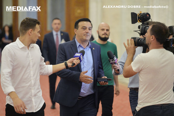 Mediafax Foto Alexandru Dobre Width 560 Imaginea Articolului Ministru Psd Crede Hotii  Destepti Politistii Nicolae Badalau