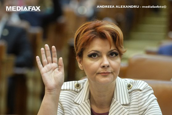 Imaginea articolului Lia Olguţa Vasilescu şi-a RETRAS candidatura pentru funcţia de vicepremier şi ministru al Dezvoltării, în urma unei discuţii cu Liviu Dragnea