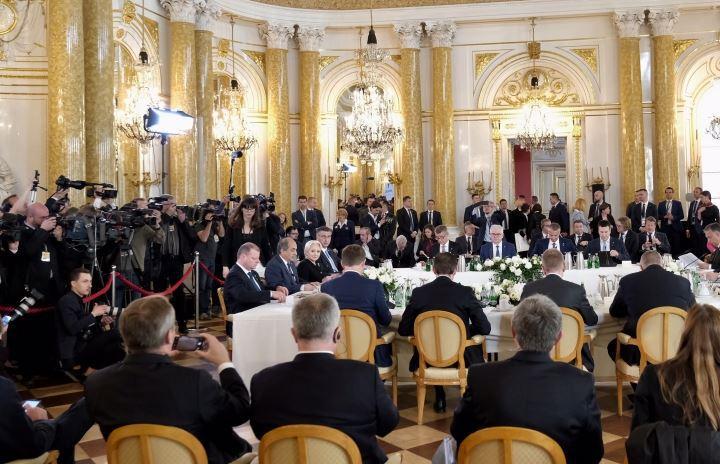 Viorica Dăncilă a prezentat un bilanţ de etapă al Preşedinţiei Consiliului UE la reuniunea de la Varşovia