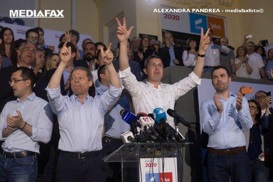 Imaginea articolului Liderul USR: După rezultatele din 26 mai am primit telefoane foarte feng shui, inclusiv de la PSD