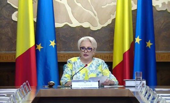 Imaginea articolului Viorica Dăncilă: Ne-a costat mai mult că am schimbat trei guverne, nu atâţia miniştri