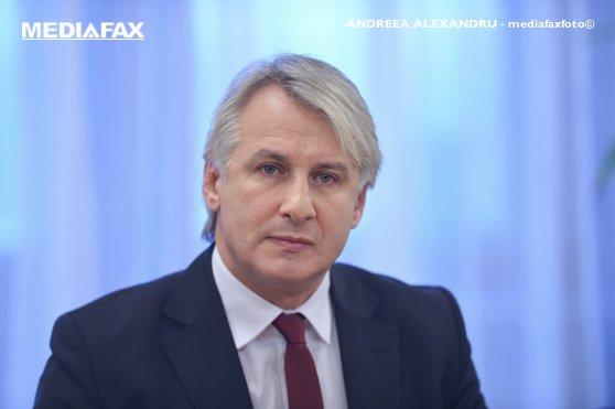 Imaginea articolului Eugen Teodorovici şi-a anunţat intenţia de a intra în cursa pentru prezidenţiabilul PSD / Dăncilă anunţă că sondajele pentru prezidenţiabilul PSD încep săptămâna viitoare   VIDEO